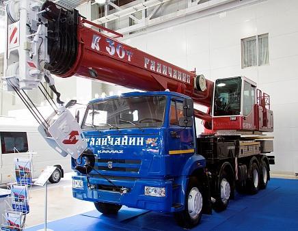 Автомобильный кран КС-55715-1