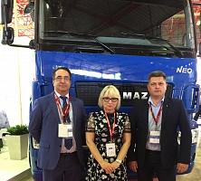 Седельный тягач КАМАЗ-5490 NЕО, представленный вперв