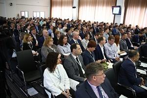 Директор центра цифровой трансформации «КАМАЗа» Эльдар Шавалиев представил программу, призванную п